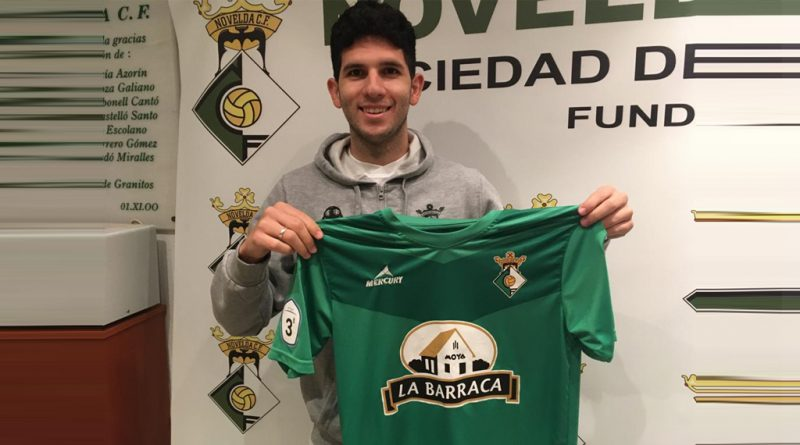 Eduardo Maceira nuevo jugador del Novelda CF.