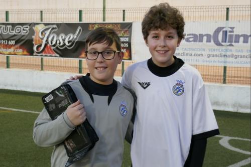 Antonio Boyer Albert y Javier Segura Ibañez entrenamiento oficial con la Seleccion Valenciana Sub-12 Alevin de Futbol 1